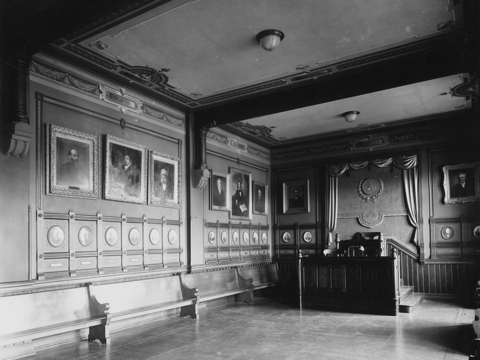 Philodemic Society debating room in Healy Hall, 1910