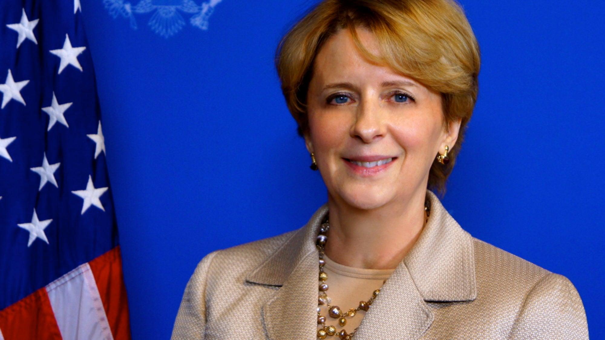 Deborah McCarthy Headshot