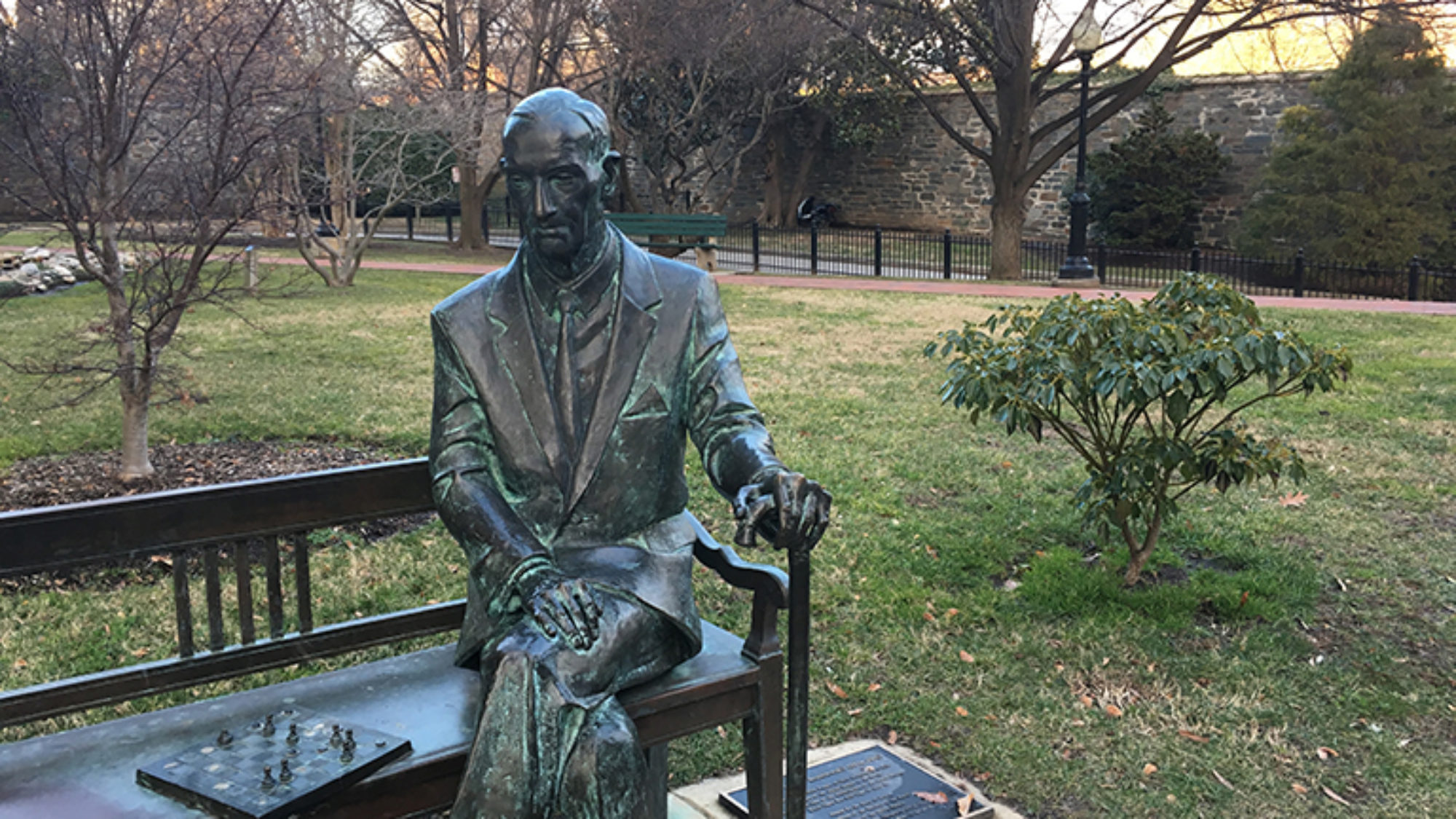 Jan Karski statue