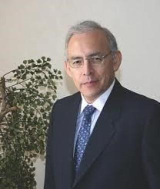 Augusto Lopez-Claros headshot