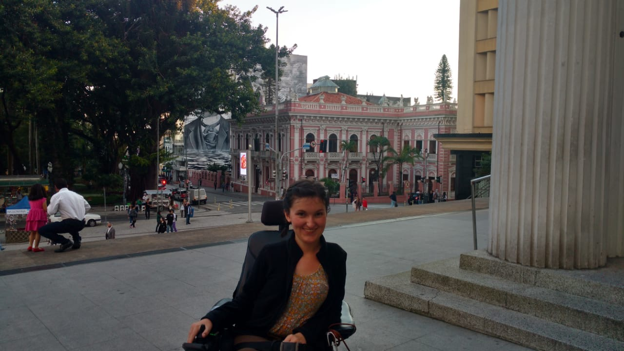Anna Landre in Brazil