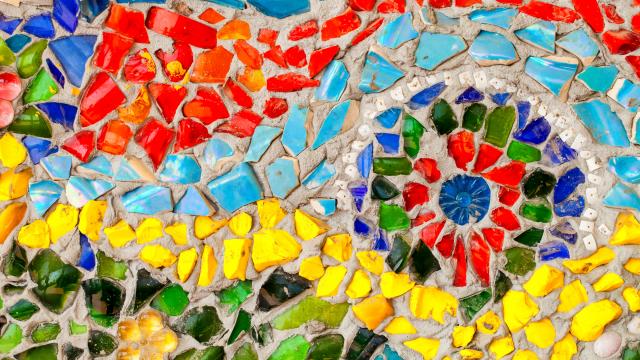 Tile mosaic spiral
